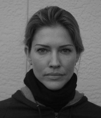 Tricia Helfer in jail